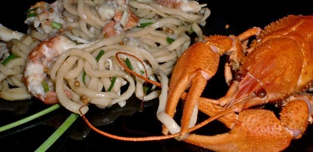 spaghetti with rover shrimps, dish presentation