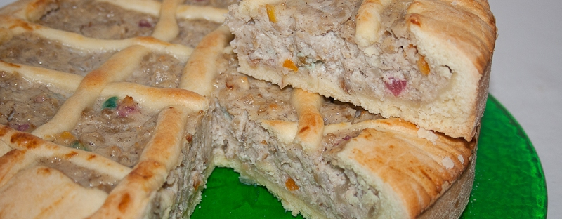 pastiera napoletana, traditional easter cake of neaples section side view